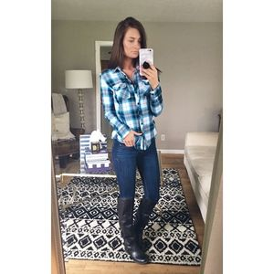 Aeropostale Button-Down Medium Blue Plaid Top